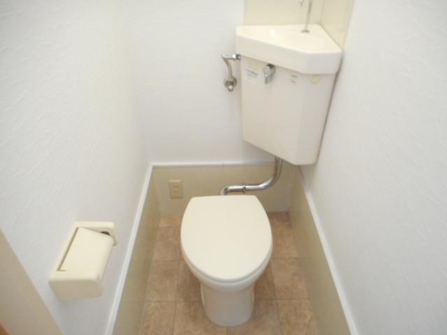 第2鈴春コーポ 103号室のトイレ