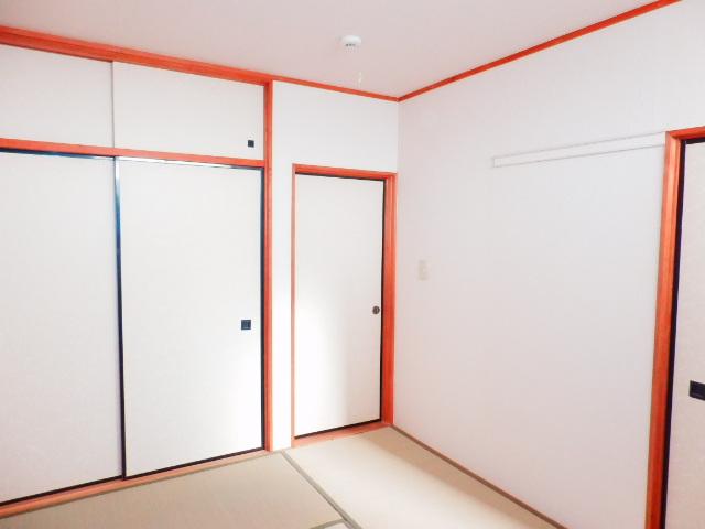 ドエルタカハシ 103号室のリビング