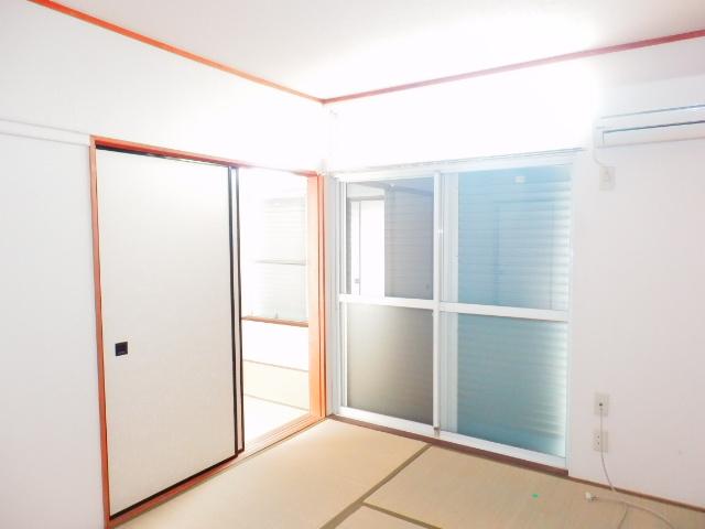 ドエルタカハシ 103号室の居室