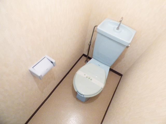 ジュネパレス津田沼第26 304号室のトイレ