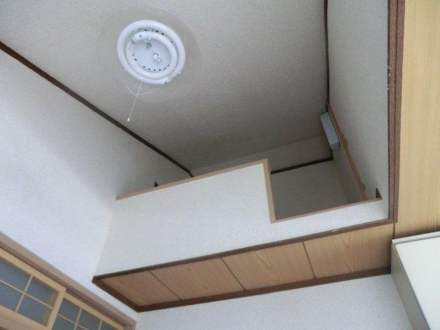 平田荘 202号室のベッドルーム