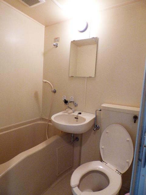 大久保ハイム 411号室の風呂