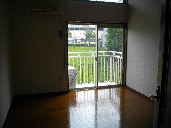 ブランドールJ 207号室の居室
