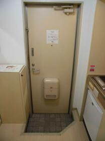ジュネパレス津田沼第20 0106号室の玄関