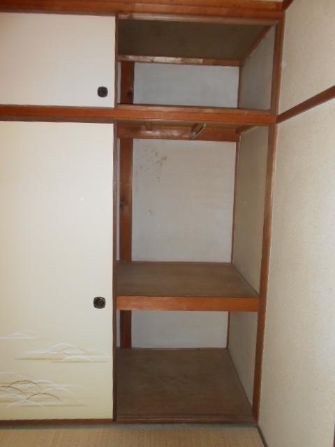 上中荘 17号室の収納