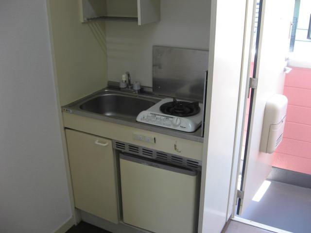ローズクリフ 203号室のキッチン