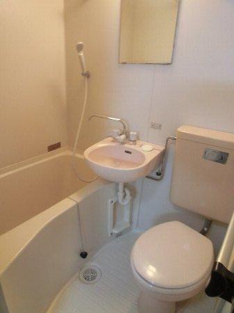スターコート西船橋 205号室のトイレ