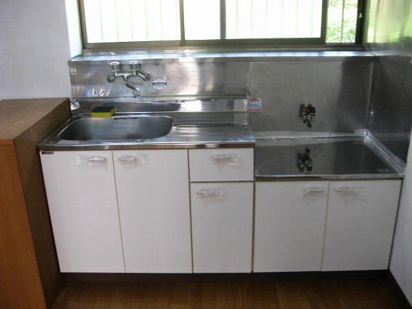 ドミュール代沢 105号室のキッチン