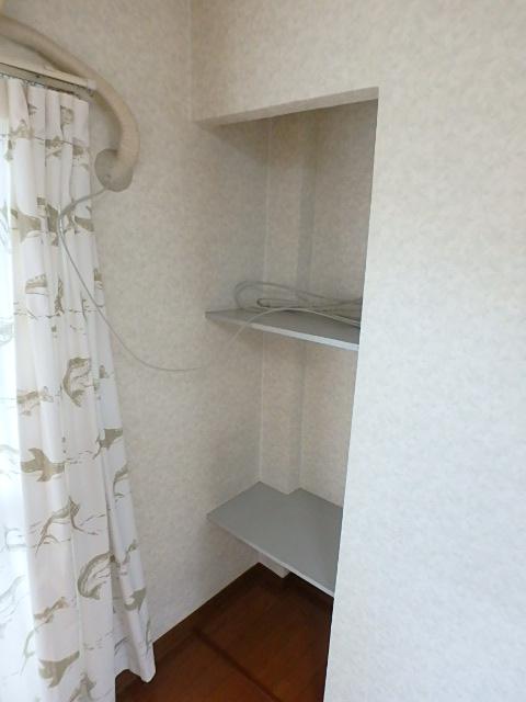 横山ビル 201号室の収納