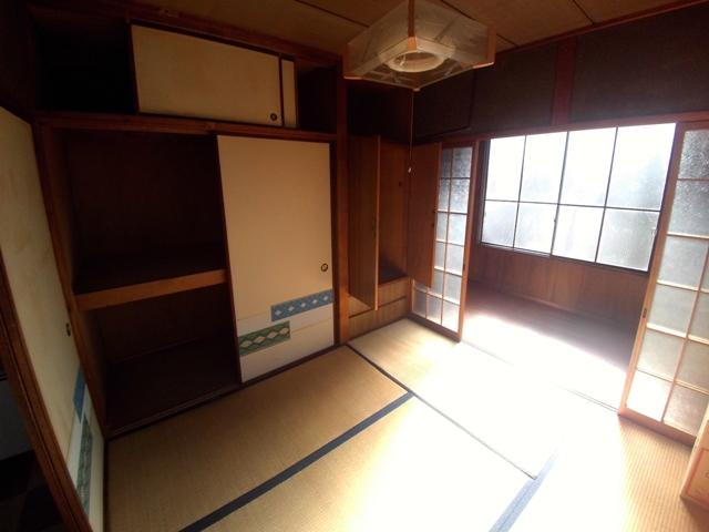 シャルム稲熊 2-C号室の居室