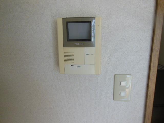 ラフォーレ新屋敷 102号室のセキュリティ