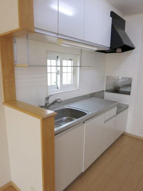 メゾン・アムール Ⅲ 02010号室のキッチン