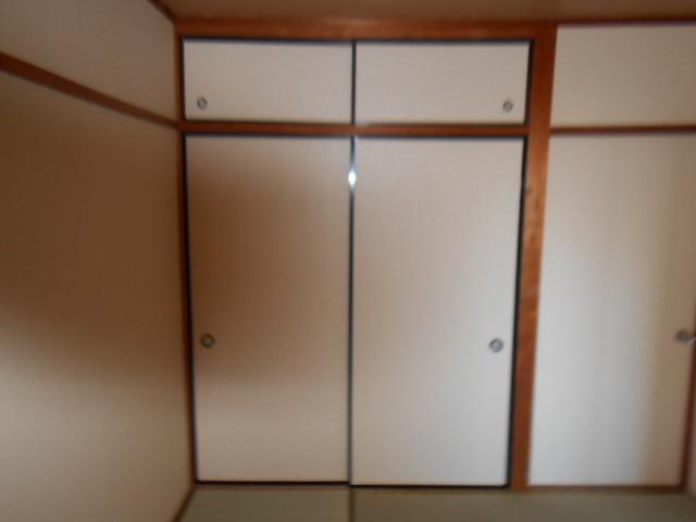 板倉ハイツ 305号室の収納