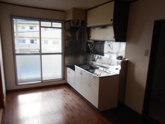 板倉ハイツ 305号室のキッチン