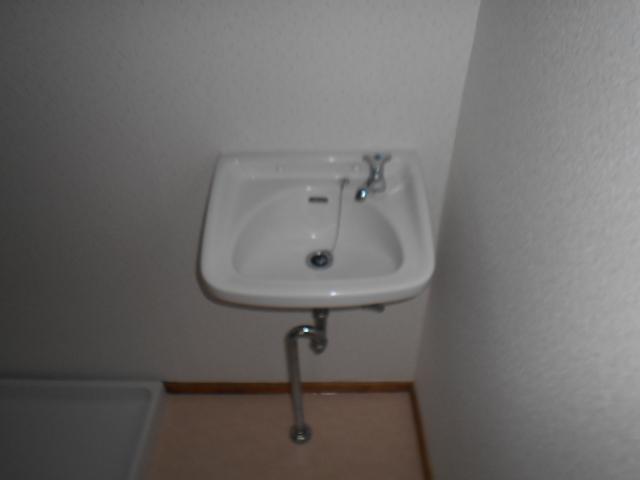 板倉ハイツ 305号室の洗面所