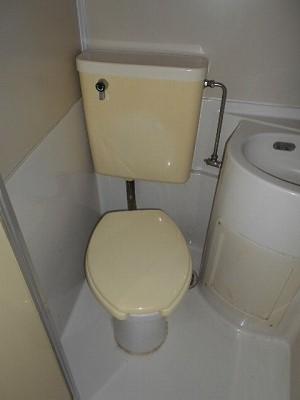福岡ワンルームマンション A112号室のトイレ