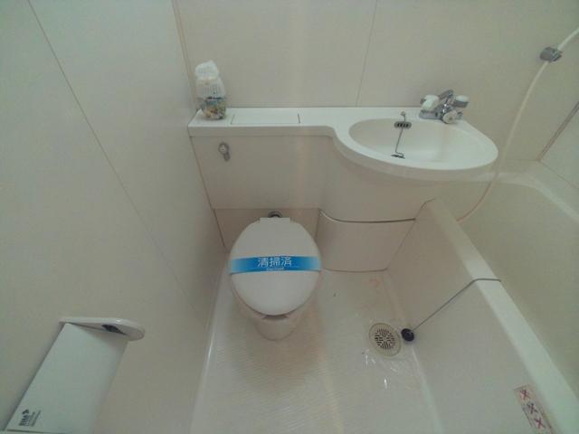 コンフォールまきの 202号室のトイレ