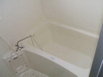 レガーロカンパーニャ B-2号室の風呂