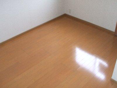 レガーロカンパーニャ B-2号室の居室