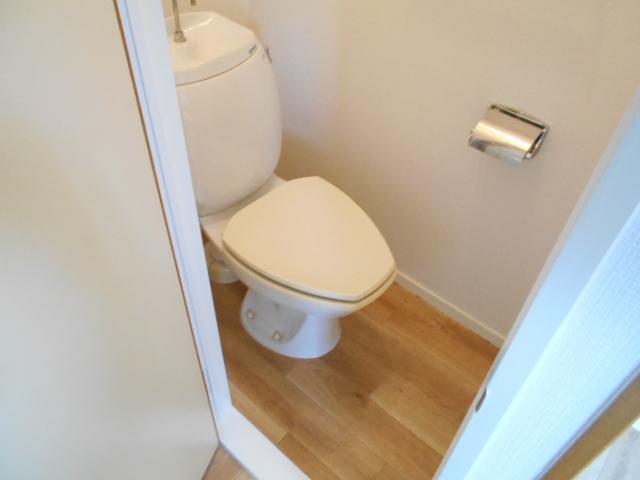 イヤーコート上豊田 C 205号室のトイレ