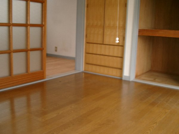 山平アパート 201号室のリビング