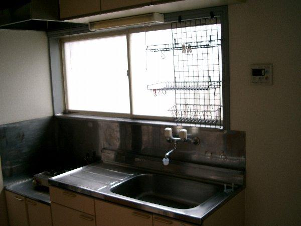 山平アパート 201号室のキッチン