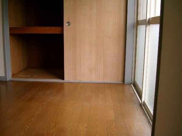 山平アパート 201号室の収納
