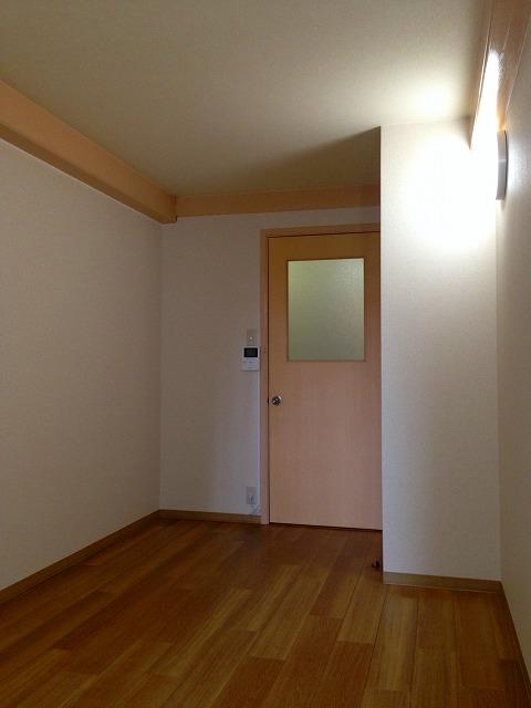 C'pac三河豊田 102号室のリビング