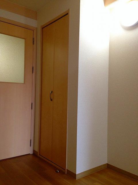 C'pac三河豊田 102号室の収納