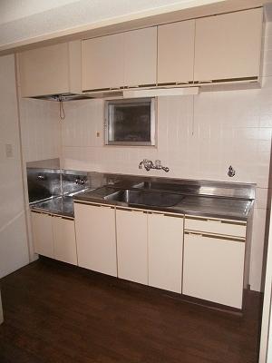 サンハイツ大豊 3-C号室のキッチン
