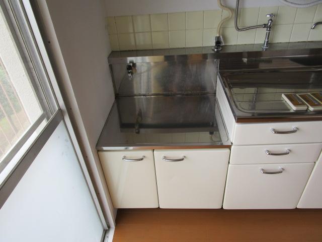 芝山団地11号棟 403号室のキッチン