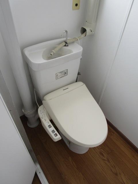 芝山団地11号棟 403号室のトイレ