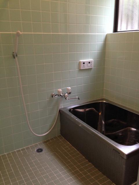 深田町貸家の風呂