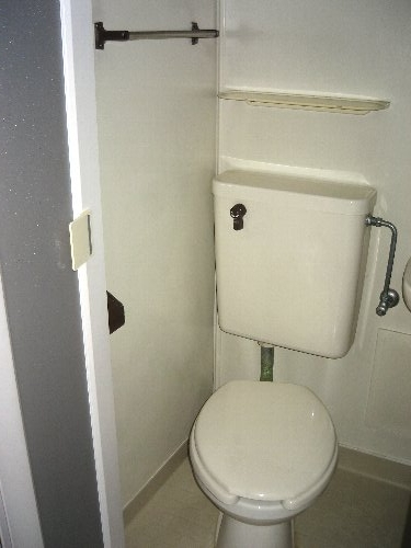 コーポ平成Ⅰ 201号室のトイレ