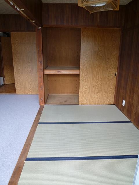 第1マンション龍 202号室の収納