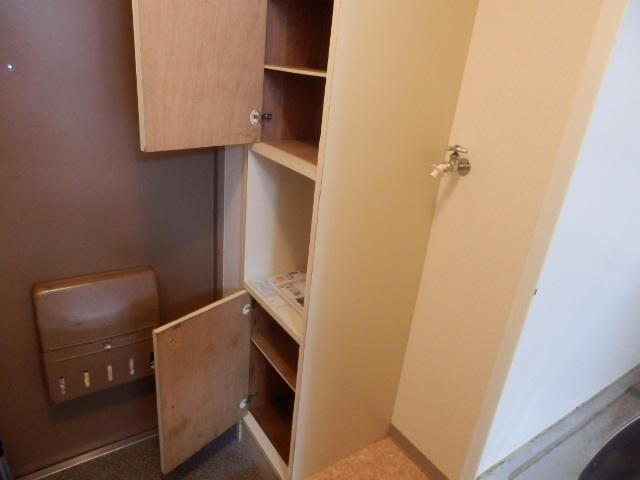 キソービクトリア自由が丘 205号室の玄関