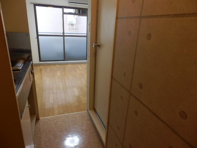 キソービクトリア自由が丘 205号室のリビング