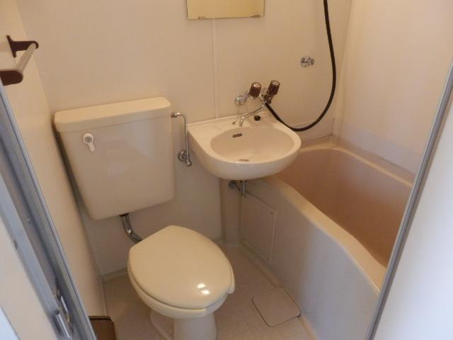 キソービクトリア自由が丘 205号室の風呂