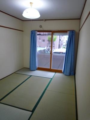 シャンボール豊田A 106号室の居室