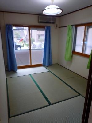 シャンボール豊田A 106号室のリビング