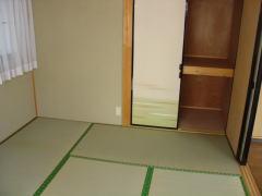 イーストヒル 201号室の居室