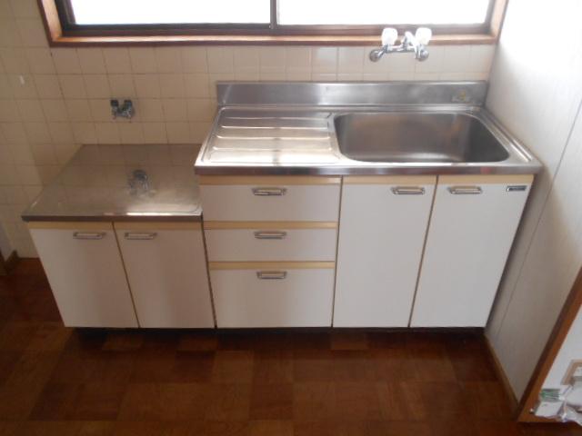 水源ハイツⅠ 203号室のキッチン