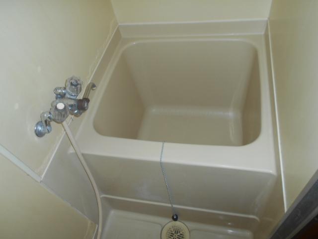 水源ハイツⅠ 203号室の風呂