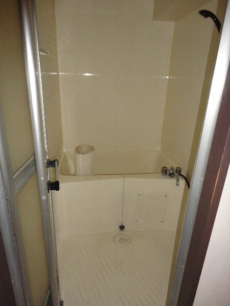 ウエストヒルズ斉藤 301号室の風呂