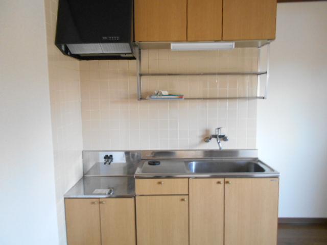 サン福安 101号室のキッチン