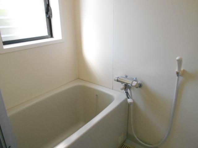 サン福安 101号室の洗面所