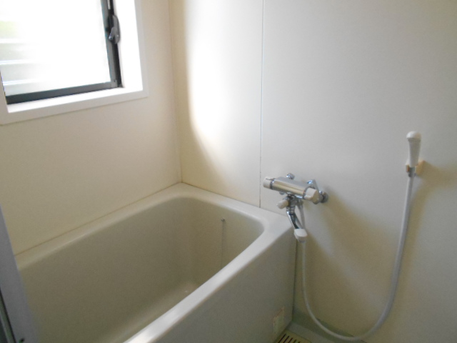サン福安 101号室の風呂