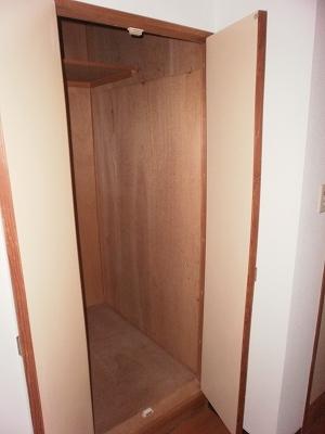 シティサイド鬼頭 A201号室の収納