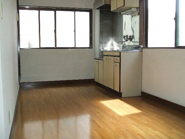 メゾン薗田ビル 302号室のリビング