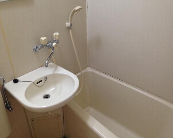 こまばディモーレ 308号室の風呂